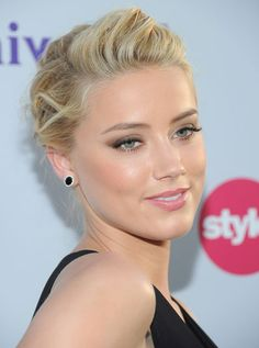Soft, smokey eye with a natural lip. Timeless. Amber Heard is so gorgeous!