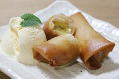 Whattt...must have. Banana Spring Rolls! - Cambodian Recipes
