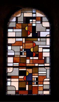 Vitraux de l'Abbaye de Lavaudieu dans la Haute Loire