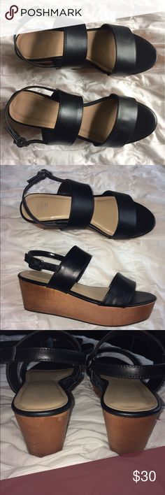 J.jill platform sandals Gorgeous platform sandals are in Good Condition ▫️only worn few times mostly stored ▫️ J. Jill Shoes Platforms