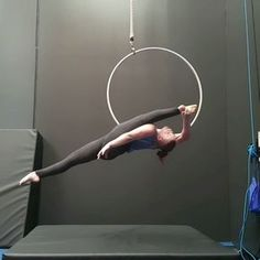 "2,118 Likes, 62 Comments - Miranda Aerial-Hoop Artist (@that_circus_freak) on Instagram: ""Splitting it out like @emmabyers such a gorgeous split, really does make your legs look long…"""