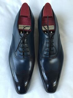 blackshoeblog:  Gaziano & Girling Mitchel in Midnight Blue on the Deco last @ 39 Savile Row today!