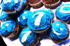 Unsere Azubis sind super: Die Probezeit überstanden lassen sie sich feiern und bringen Run Happy-Muffins mit. Tolles Team und leckerer Start in den Mittwoch! Vielen Dank.    PS: Für 2013 suchen wir schon neue Azubis, falls ihr backen könnt... ;-)  http://runhappy.de/jbs