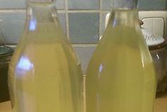 Sirup, který můžete použít do osvěžujících limonád nebo do čaje. Jednoduchý na výrobu a velmi chutný!