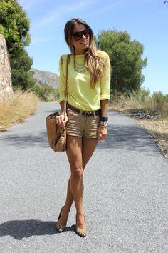 tan yellow leopard
