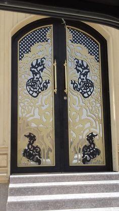 Front Gate Design, Door Gate Design, Room Door Design, Aluminium Gates, Metal Gates, Wrought Iron Gates, Compound Wall Gate Design, Metal Stair Railing, Cnc Cutting Design