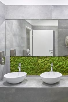 Bathroom Interior Design, Modern Interior, White Mansion, Wall Design, House Design, Basin Design, Kiosk Design, Scandinavian Bathroom, Green Curtains