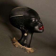 Rar. Cortendorf ceramic wallmask. Nubian. 1950 - 1955.