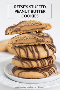These over-the-top Reese's Stuffed Peanut Butter Cookies that are dipped in chocolate and sprinkled with peanuts. They are giant peanut butter cookies, fully loaded with peanut butter, and have a full-size Reese's cup in the center. Brownie Desserts, Oreo Dessert, Mini Desserts, Peanut Butter Desserts, Peanut Butter Cookies, Chocolate Desserts, Easy Desserts, Delicious Desserts, Yummy Food