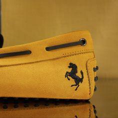Shoes Ferrari, Suitcase, Men's Shoes, Zip Around Wallet, Men's Fashion, Design, Style, Leather, Death