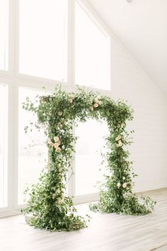 A Wedding Draped Head to Toe in Greenery Greenery wedding arch: Photography: Mustard Seed - www. Ceremony Backdrop, Ceremony Decorations, Wedding Backdrops, Wedding Altars, Wedding Ceremony, Wedding Chuppah, Outdoor Ceremony, Floral Wedding, Wedding Flowers