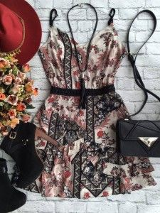 Tumblr Outfits, Sexy Outfits, Cool Outfits, Casual Outfits, Girl Fashion, Fashion Dresses, Fashion Looks, Semi Formal Outfits, Cool Girl Style
