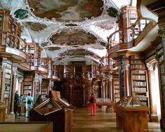 Stiftsbibliothekm, San Gallo