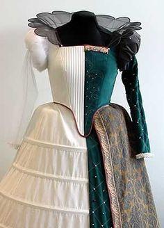 Elizabethan garment with Wire Ruff