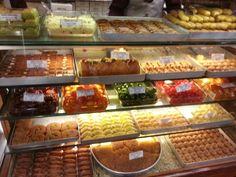 Türkiye'nin En Büyük ve En Mütevazı Tatlı Dükkanı
