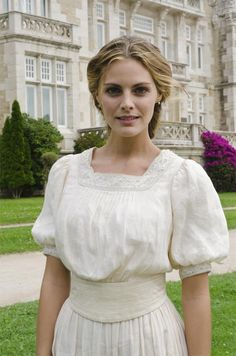 Spanish version of Downton Abby but with it's own twist. I have not seen it but love the costumes