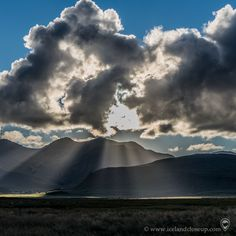 Combination of dramatic clouds, sun and beautiful landscape. Iceland Landscape, Do You Like It, Iceland Travel, Volcano, Amazing Nature, Beautiful Landscapes, Close Up, Picture Video, Northern Lights