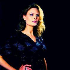 Эмили Дешанель Booth And Bones, Booth And Brennan, Female Actresses, Actors & Actresses, Bones Actors, Jessica Day, Emily Deschanel, Popular People, California
