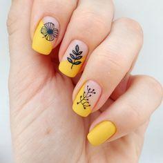 Yellow botanical nail stamping - New Sites Cute Acrylic Nails, Gel Nail Art, Nail Polish, Hair And Nails, My Nails, Pretty Nails, Cute Nails, Nail Disorders, Nagel Stamping