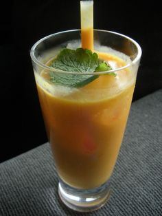 Bollywood dreams - rum, coconut milk and Alphonso mangoes