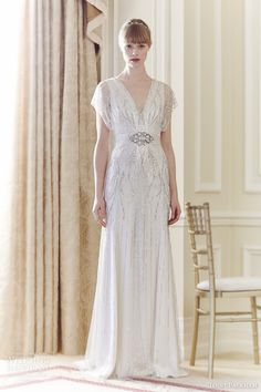 I want this dress - So lovely and so flattering!!!!