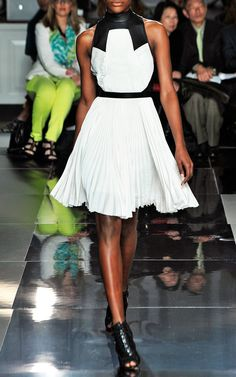 perfect for spring, great with high hair bun   Jason Wu. The Black and white trend is here to stay