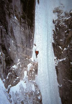 Escalade, Ice Climbing, Outdoor Adventures, Climbers, Iceland, Mount Everest, Beautiful Pictures, Tours, Camping
