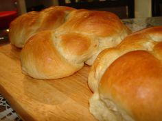 Τσουρέκια Νηστίσιμα! Hamburger, Food And Drink, Bread, Blog, Recipes, Blogging, Rezepte, Breads, Ripped Recipes