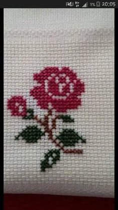 cross stitch heart - nice on a card! Cross Stitch Cards, Cross Stitch Rose, Cross Stitch Borders, Cross Stitch Flowers, Cross Stitch Designs, Cross Stitching, Cross Stitch Embroidery, Embroidery Patterns, Hand Embroidery