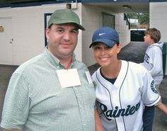 with model-actress Vanessa Lachey