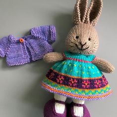This little bunny will arrive at her new home  very soon.  Coneflower Dress knit using #playatlifefiberarts yarn. Dress details and chart now up on Ravelry (ID: suzymarie)