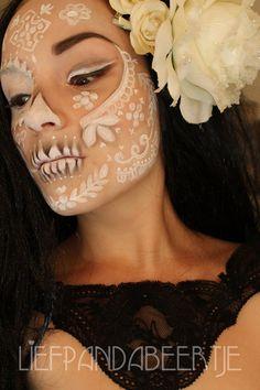 lace-inspired sugar skull