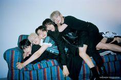 Group Photos, Kpop, Boyfriend Material, K Idols, Boy Groups, Random, Twitter, Friends, Scenery Wallpaper
