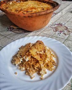 Szeretem a bulgurt. Tényleg higgyétek el nekem, hogy bármilyen ételben lecserélhető vele a fehér rizs. Szénhidrát tartalma (63,4 g) is valamivel kevesebb, mint a fehér rizsnek (77 g) viszont sokkal jelentősebb különbség van abban, hogy a vércukorszint mennyire (nem) emeli meg. Ezért az IR és…