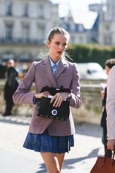 French girl styling tricks we'll be bookmarking for fall