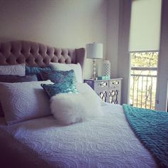 Our Jameson Bed is the perfect touch to @Giovana Gava's bright bedroom.