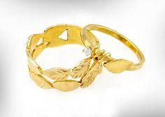 Unique Engagement Ring 14k Gold & Diamond leaves Engagement