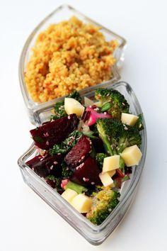 Rødbet er ei herleg grønsak. Særleg når den blir bakt i ovnen. Retten med bulgur,ost og brokkoli passar bra til både middag og lunsj. Om du ønskjer kan du forhåndssteike rødbetene dagen før du lagar rettent. Då har du middag…