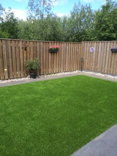 Large backyard landscaping ideas are quite many. However, for you to achieve the best landscaping for a large backyard you need to have a good design. Large Backyard Landscaping, Backyard Fences, Backyard Projects, Landscaping Ideas, Fenced In Backyard Ideas, Garden Fencing, Fenced In Yard, Garden Projects, Garden Ideas