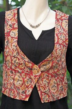 Get this traditional jackets for kurti Gte it done at http://mytailor.in/