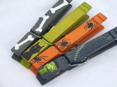 HALLOWEEN CLOTHESPIN painted magnetic clothespin by SugarAndPaint