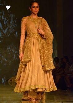 Tarun Tahiliani at India Bridal Fashion Week 2014 !   Wed Me Good Blog