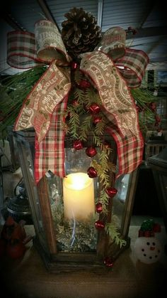 23 Stunning Christmas Lantern Decorations To Brighten Up the Holiday Christmas Celebrations