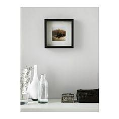 IKEA - RIBBA, Cornice, 23x23 cm, , Puoi posizionare il soggetto nella parte anteriore o in quella posteriore della cornice molto profonda.Il passe-partout permette di incorniciare più facilmente l