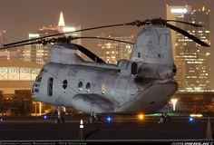 Boeing Vertol CH-46E Sea Knight (107-ll)