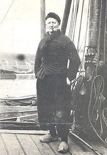 Man in Schokker dracht.Collectie Museum Schokland. Maker: Rijksdienst voor de IJsselmeerpolders, Potuyt,