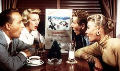 "Bing Crosby, Rosemary Clooney, Danny Kaye and Vera Ellen sing ""Snow"" in White Christmas"