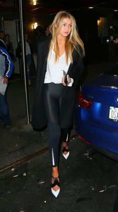 I love Gigi's choice of shoe for the casual outfit. It gives flair and class. Wonderfully put together