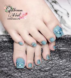 Pedicure Nail Designs, Toe Nail Designs, Pedicure Nails, Manicure, Bridal Toe Nails, Bride Nails, Pretty Toes, Pretty Nails, Cute Toe Nails