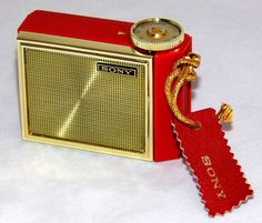https://flic.kr/p/BpiRpG | Vintage Sony Micro Transistor Radio, Model 1R-81, AM Band, Made In Japan, Circa 1966